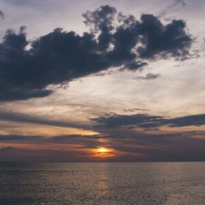 Tramonto sul mare in TOSCANA